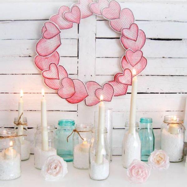 Deko ideen Valentinstag kerzen marmeladengläser papier kranz
