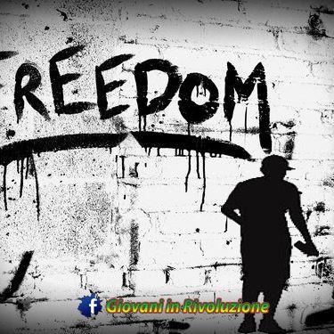 #Revolution #GiovaniinRivoluzione #graffito #Freedom🔝