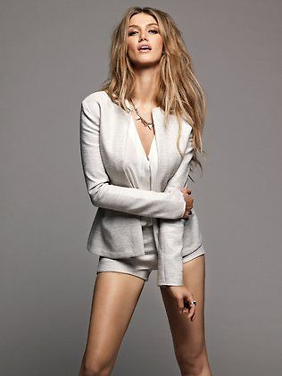 eco GLAMAZINE: ECO ANGEL: Delta Goodrem