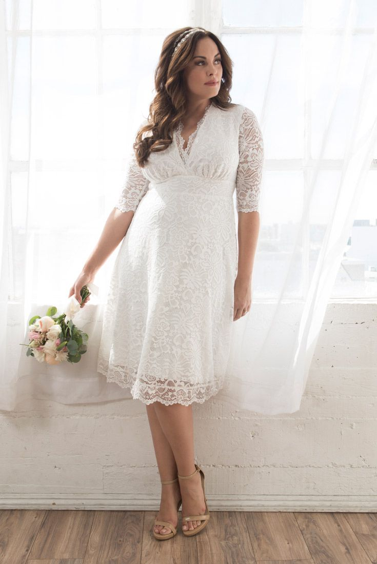 You Ll Make Hearts Swoon In Our Wedding Belle Dress This Short And Elegant Plus Si Plus Size Wedding Dress Short Courthouse Wedding Dress Casual Wedding Dress [ 1100 x 735 Pixel ]