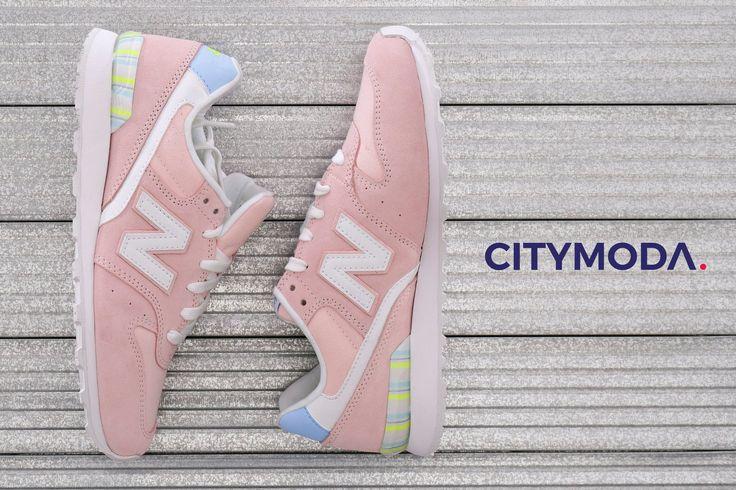 Ideali per le amanti del #pink, perfette per le tue passeggiate! Vieni nei nostri store e scegli queste meravigliose New Balance… aspettano solo te. #SpringSummer17