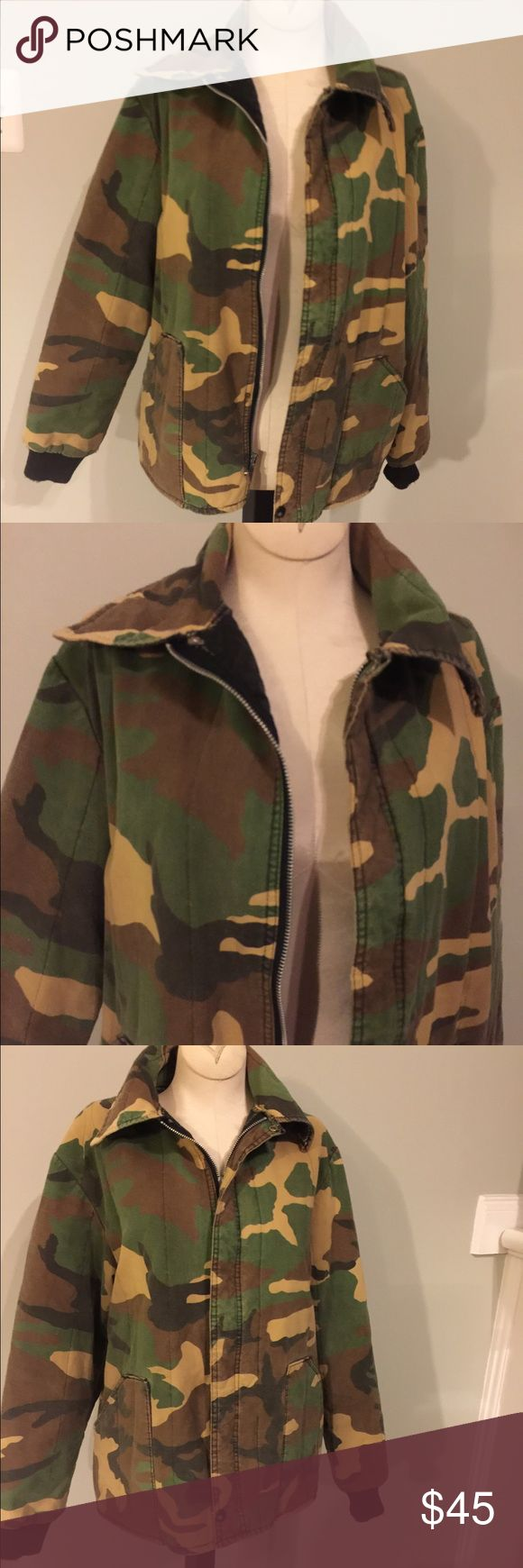 Ladies camouflage Jacket Nice looking Camouflage women's jacket. camouflage pattern with a zip front and Quilted lining and large pockets.In Nice used condition. woodfield  Jackets & Coats