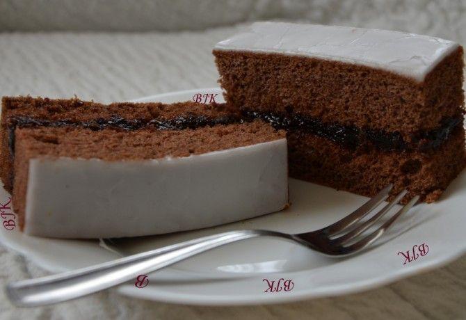 13 pihe-piha és omlós piskótás sütemény