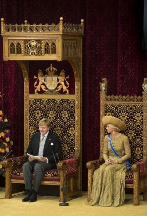 Queen Maxima and King Willem-Alexander reads the Kings Speech from the Throne in the Hall of Knights (Ridderzaal) in The Hague, 17 September 2013.