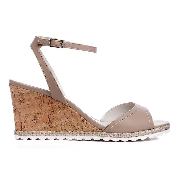 Code: 652B03 Heel height: 7 cm www.mourtzi.com #wedge #cognac #sandal #midheels #alldaylong