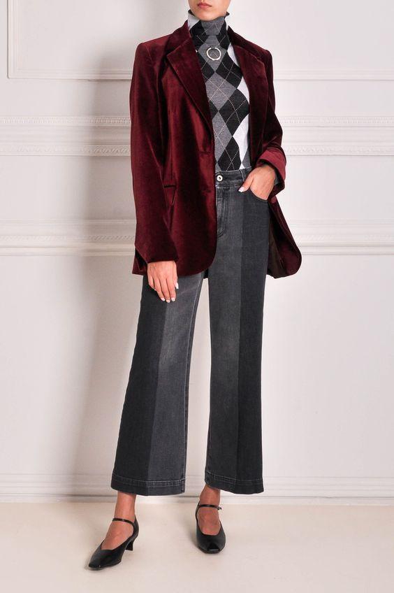 С чем носить бархатный пиджак женский?