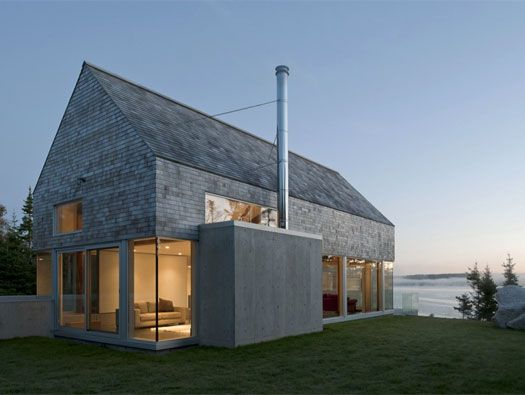 MARTIN-LANCASTER HOUSE BY MACKAY-LYONS SWEETAPPLE ARCHITECTS.