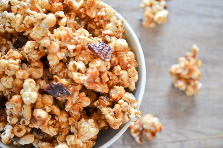 Bacon Caramel Popcorn: sweet, salty and delicious. This one is for my ...