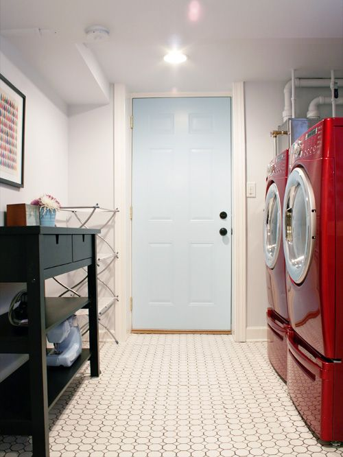 5 Ways to Redo a Basement Laundry Room – Infarrantly Creative