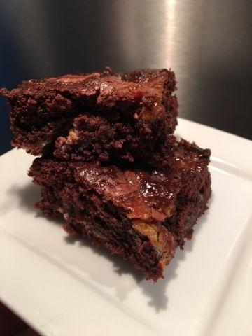 Kager skal der til.......: Brownie med karamel