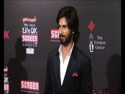 Shahid Kapoor | Red Carpet of LIFE OK SCREEN AWARDS 2014.