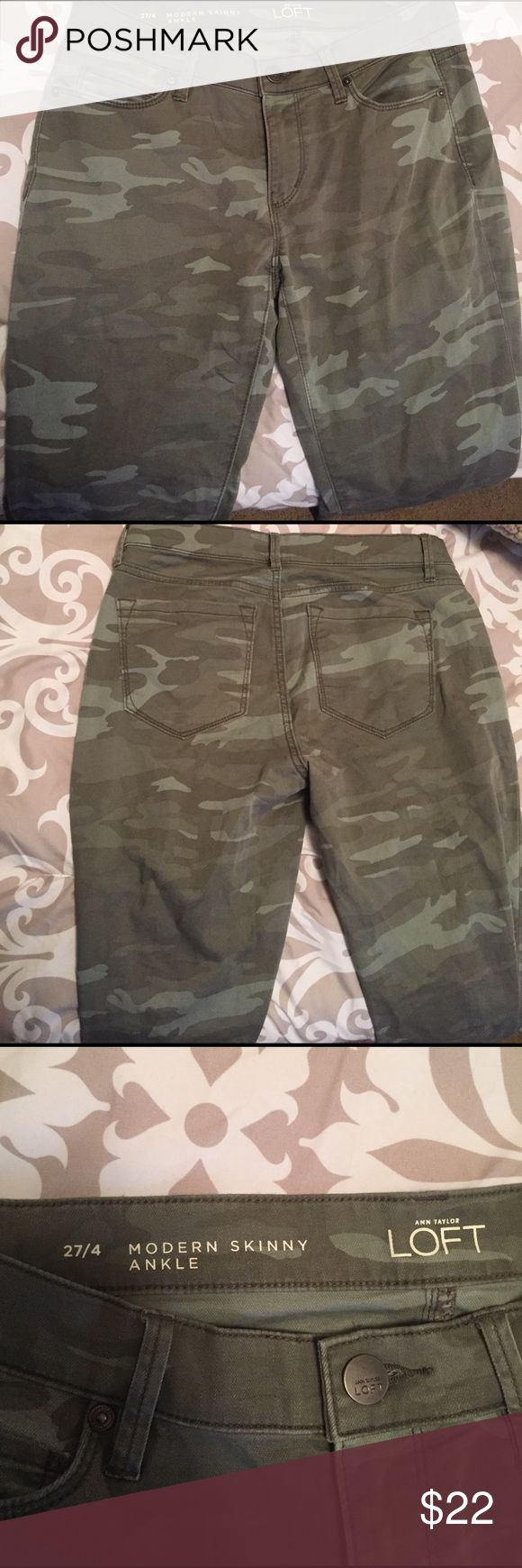 """Loft Camo skinny pants size 27/4 These are a pair of green Camo Loft Brand modern ankle skinny pants. Size 27/4. Ankle zippers. Cotton/rayon/spandex. 27"""" inseam. Smoke free home. LOFT Pants Skinny"""