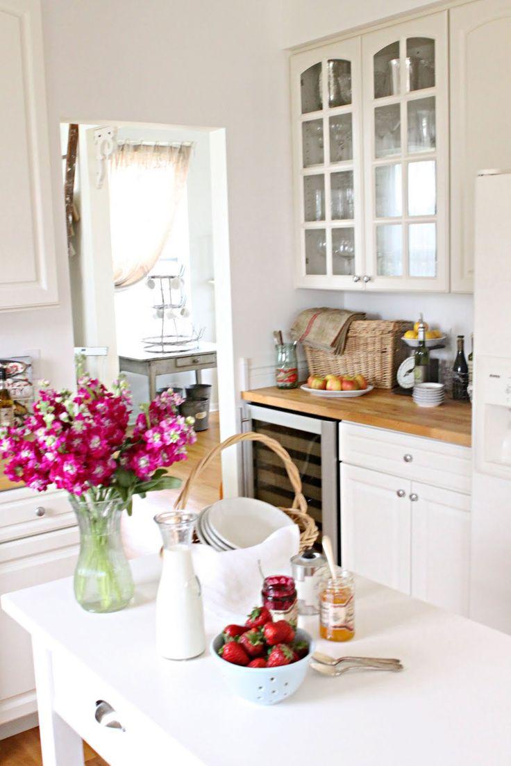 delightful casual kitchen setup