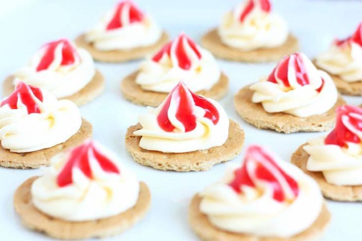 Mini Cheesecake Bites - HA!  I can totally rock these for Husband and he will love me for 3 more days!