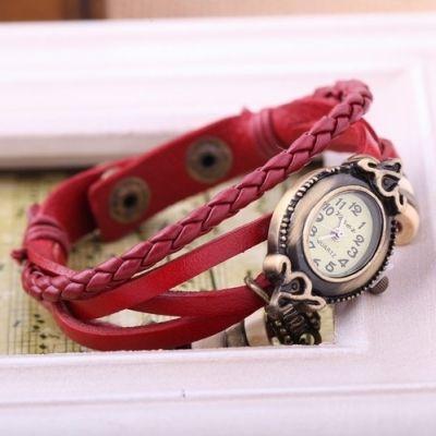Женские часы на тонком кожаном ремешке: http://ntsale.ru/catalog/zhenskiechasy/chasy-natonkomremeshke.html