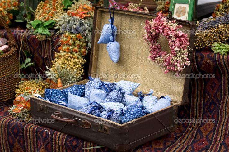 стенд из чемодана: 21 тыс изображений найдено в Яндекс.Картинках