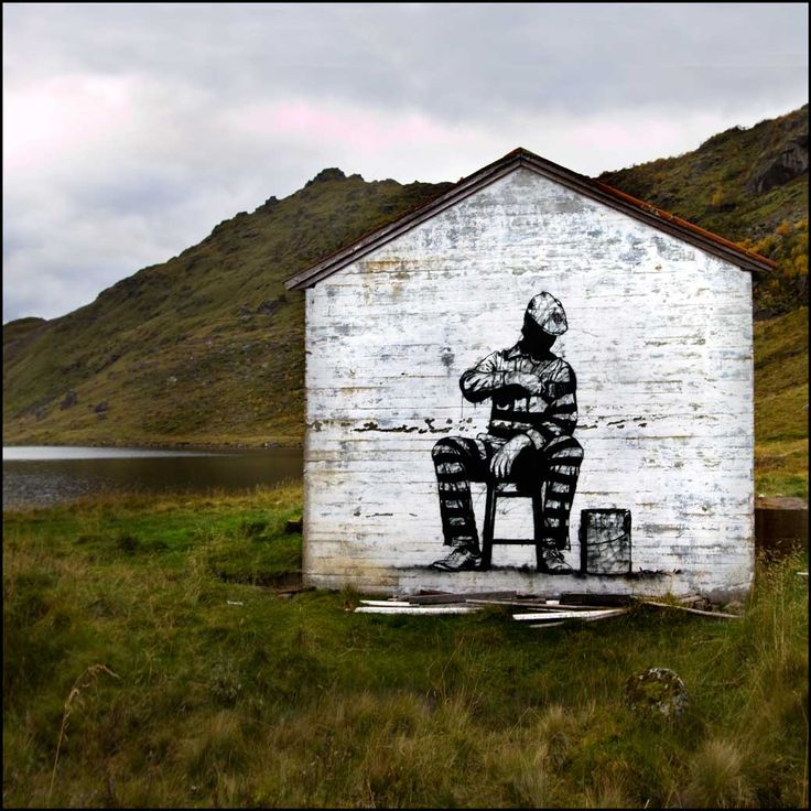 #dolk & #pøbel | Street art in no-mans-land, Lofoten