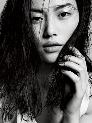 LOVE Liu Wen, just an amazing model