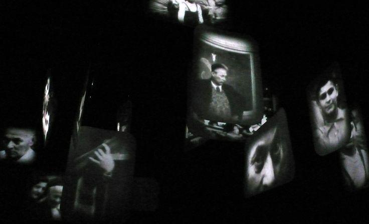 Il flusso di immagini, scandito quasi in capitoli, è accompagnato e amplificato nelle sue suggestioni da un tappeto sonoro nel quale l'artista ha elaborato registrazioni di passi sull'erba e vento effettuate sugli argini del fiume Senio.