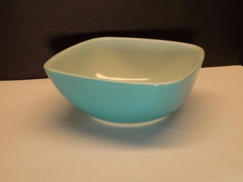 HTF Vintage Pyrex TURQUOISE BLUE #410 Small Square Chip Dip Bowl VGC NO RESERVE…