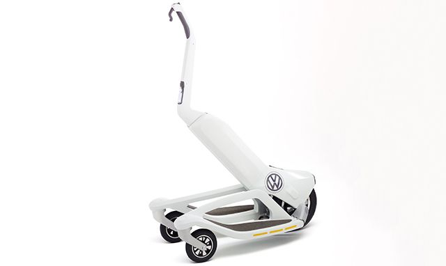 フォルクスワーゲンのセグウェイ風3輪スクーター