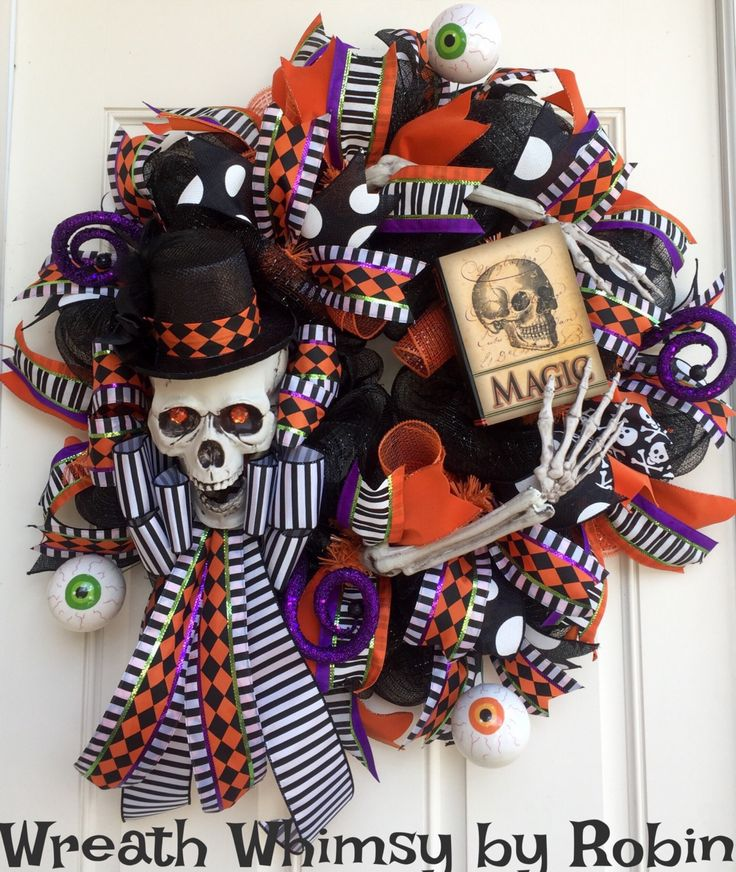 Skeletons Halloween Decorations: 1000+ Ideas About Halloween Skeleton Decorations On