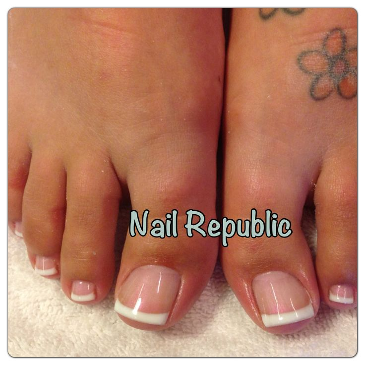 Best 25+ French Tip Pedicure Ideas On Pinterest