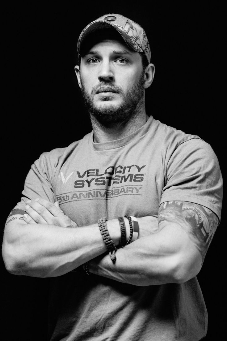 Tom Hardy  He's wearing my friends company shirt!!!!!!!!!!! #VelocitySystems