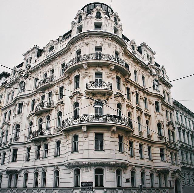 1020 Wien Kurzbauergasse 6 Zinshaus Zinsmaus Wien Vienna Leopoldstadt 1020wien Facade Fassade Igersvienna Igersaustria Mo Vienna Austria Wien Facade