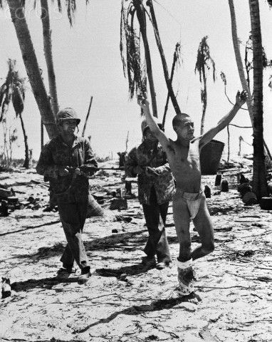 Japanese Soldiers Still Fighting WWII   Japanese Soldiers Captured By Americans