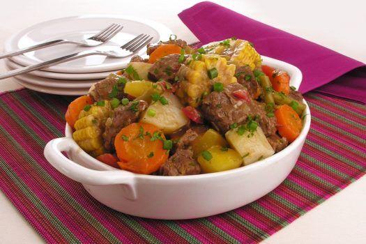 picadinho-de-carne-com-legumes-e-milho