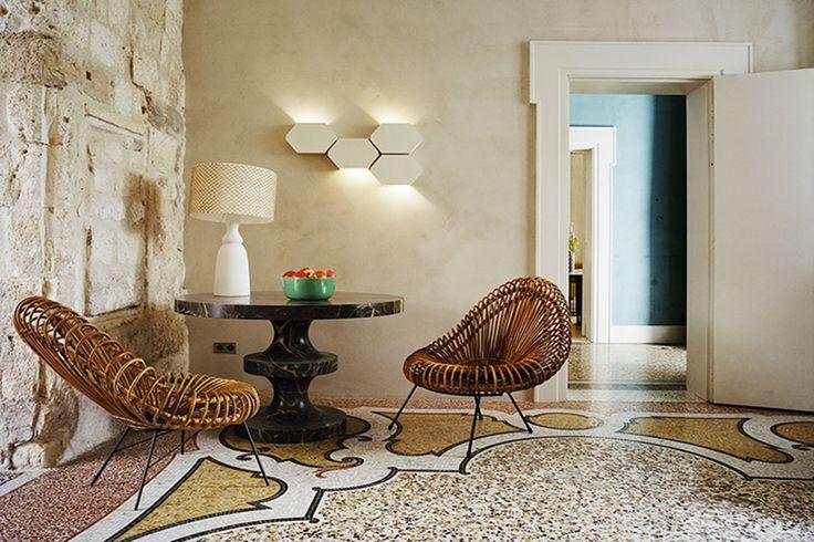 india mahdavi — architecture and design lieu :le cloître arles année : 2012/2013 programme : hôtel de 22 chambres client : maisons d'arles / maja hoffmann
