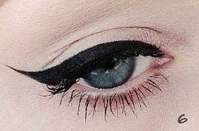 Técnica para delinear ojos de gato ~ Belleza y Peinados