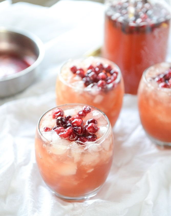 Cranberry Cider Punch, a perfect mocktail for Thanksgiving! I howsweeteats.com