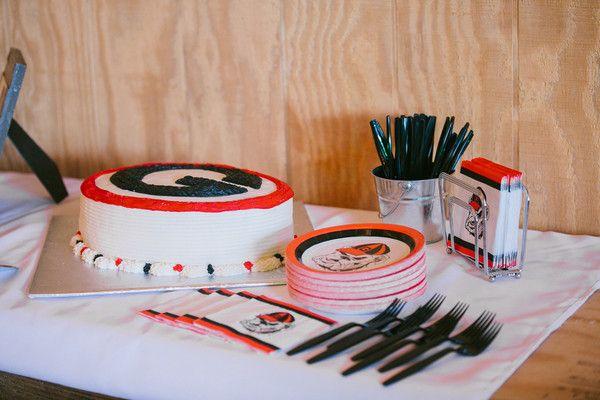Groom's cake idea - University of Georgia groom's cake {Brandy Angel Photography}