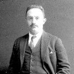 José Vasconcelos fue un político, pensador y escritor mexicano, fundador del Ministerio de Educación en México desde el cual desarrolló una extraordinaria..