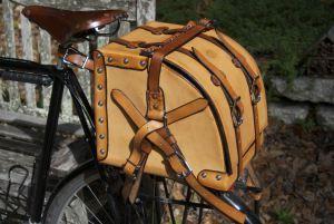 Bike picnic basket mounted on rear rack.