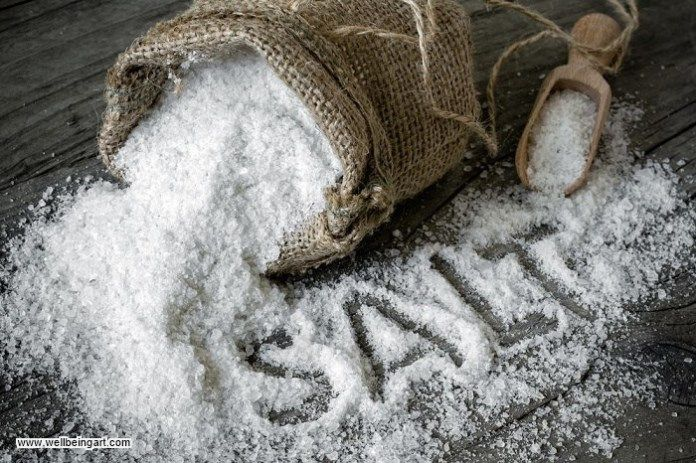 Salt is the perfect treatment to deal with oral thrush.