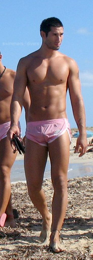 Gay Men Speedo 118