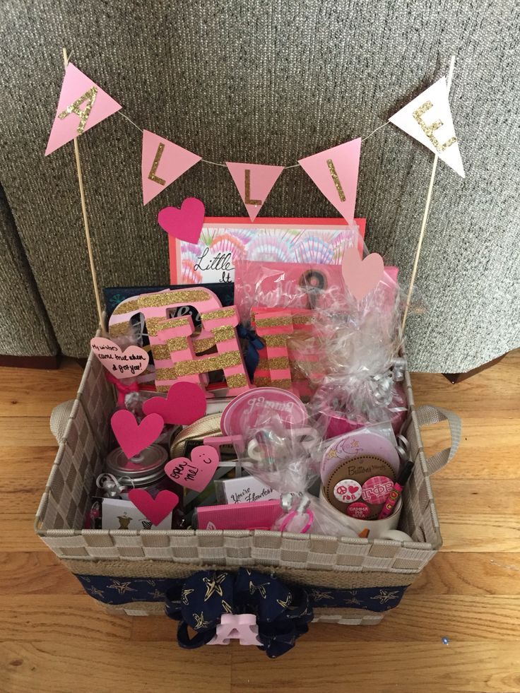 Twin Little gift for Big/Little Reveal: Gift Basket #1 #gammaphibeta #zetamu…