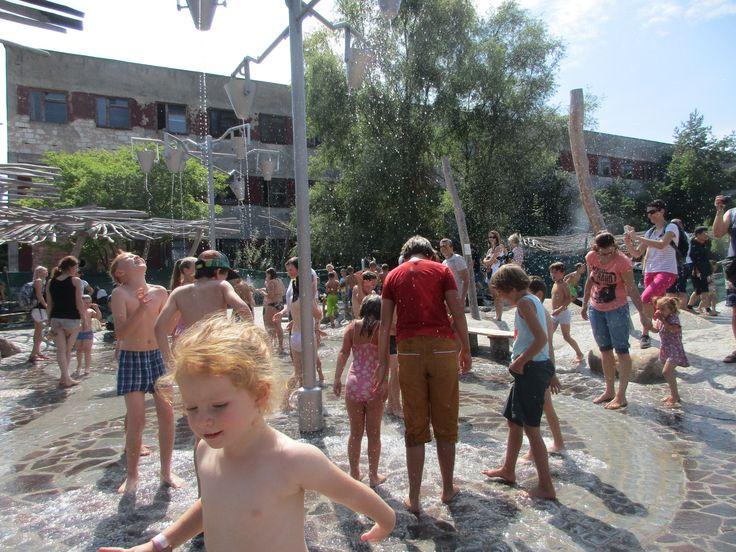 Děti v parku Mirakulum