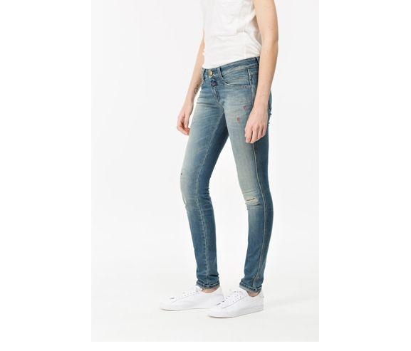 CLOSED - Women's skinny, low waist indigo denim. Made in Italy.