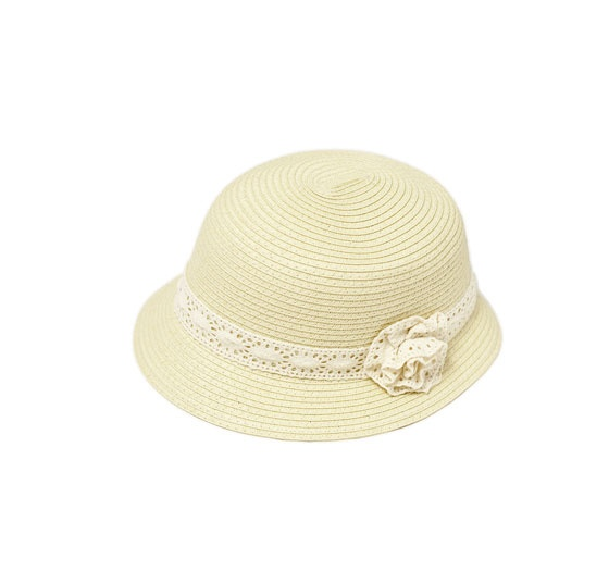STRAW HAT WITH CROCHET BAND