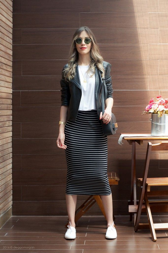 Striped skirt with t shirt and leather jacket Saia Midi Listras