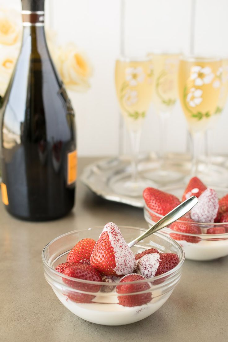 Strawberries and cream for Wimbledon. A very easy and delicious treat and one that comes with history and tradition. Strawberries and cream have long been served at Wimbledon since the first tournament in 1877. I'm bringing you the recipe and the history.