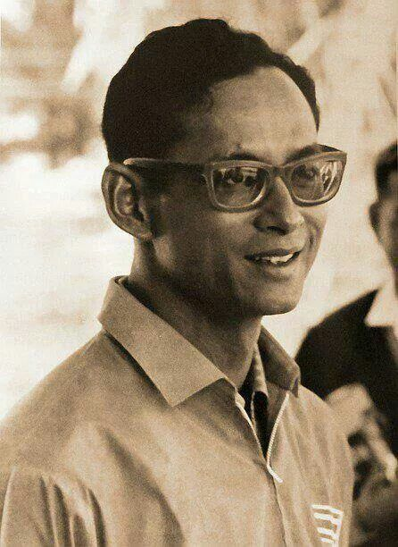 The King of Thailand, His Majesty King Bhumibol Adulyadej, Rama IX is the ninth monarch of the Chakri Dynasty and the current King of Thailand. ♥♔♥♔LONG LIVE THE KING♥♔♥♔ http://islandinfokohsamui.com/