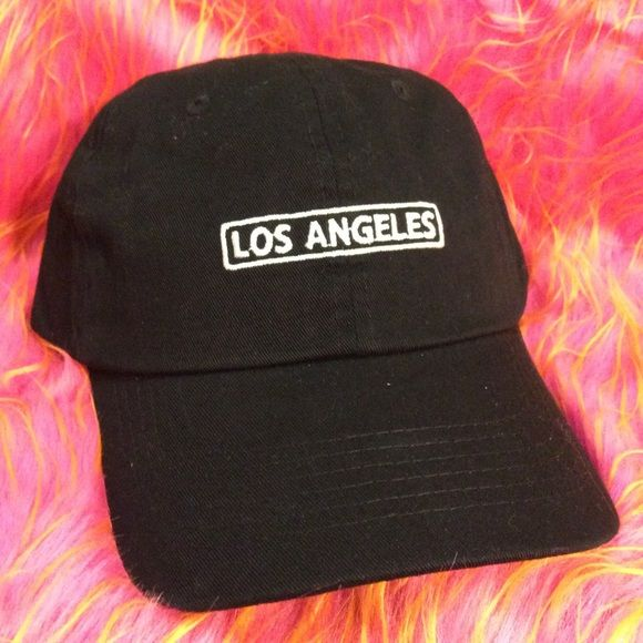 1cfe5a3962f Los Angeles Dad Hat NWT This Black Strapback Dad Hat is adjustable with  tuck pocket is even more beautiful in person. NEW   Ignore tags  huf