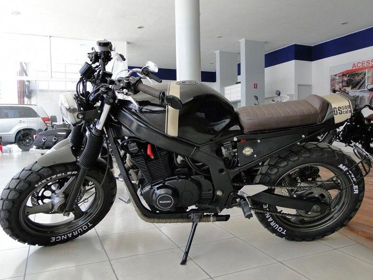 Incredible! I honestly am into what these folks did with this specialized #scramblerbuild