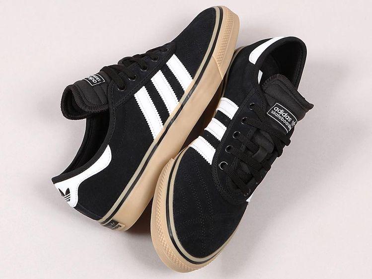premium selection 34a58 ff1dc Adidas Adi-Ease Premiere Core Black White Gum právě online na www.popname.cz