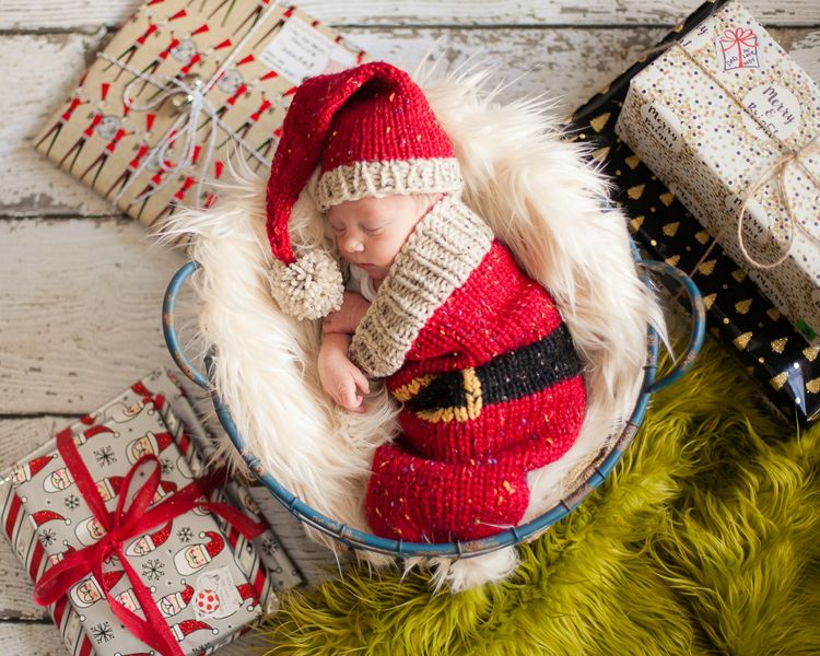 72e4b1d1aa5fe Loom Knit Santa Christmas Cocoon and Santa Hat Pattern. Make This Newborn  Swaddler and Elf Hat for Baby Using This PDF Loom Knitting PATTERN